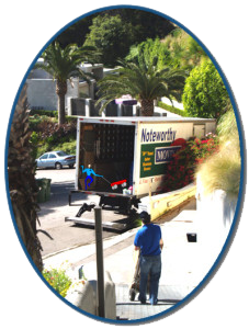 MovingHollywoodHills_011_MovingCrewGoingToMovingTruck_NoteworthyMovingSystems-227x300